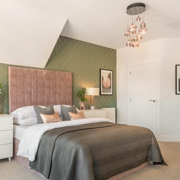 Heiro Heathy Wood Master Bedroom