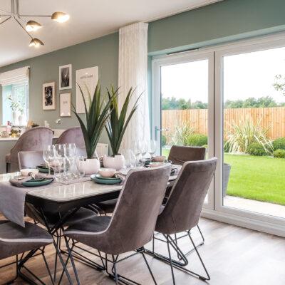 Almond (Keyne) Trentham Manor Kitchen Diner Family